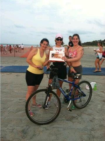 Donut Divas Relay team for Beach Bum Tri 2011