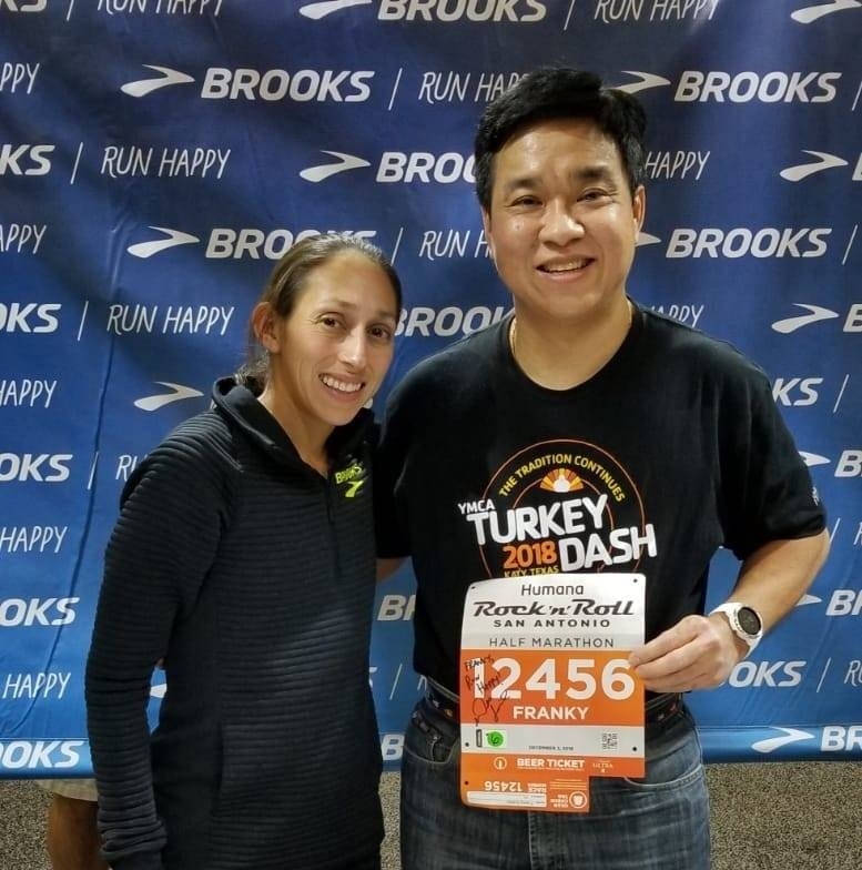 Photo op with my favorite runner, Des Linden.